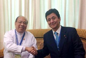 岸信夫外務副大臣、ミャンマーを...